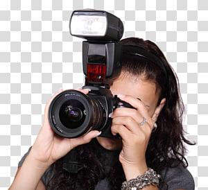 wanita memegang kamera DSLR hitam, Kamera Flash, Wanita Mengambil dengan Kamera Digital png