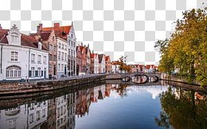 bangunan beton putih dan merah dekat sungai dan jembatan pada siang hari, Arondisemen Bruges Markt Zaventem Charleroi Brussels, kota Belgia yang indah png